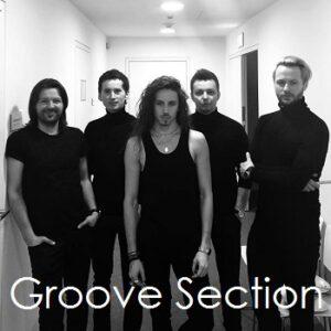 Michał Szpak i muzycy towarzyszący z Groove Section: Adrian Adamski, Rafał Inglot< Damian Kurasz, Bartłomiej Skiba